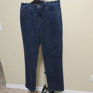 Lee Relaxed Fit At The Waist Straight Leg Jeans